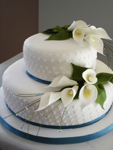 Design Your Own Wedding Cake Uk : Wedding Cakes. Traditional Wedding Cakes. High Quality ...